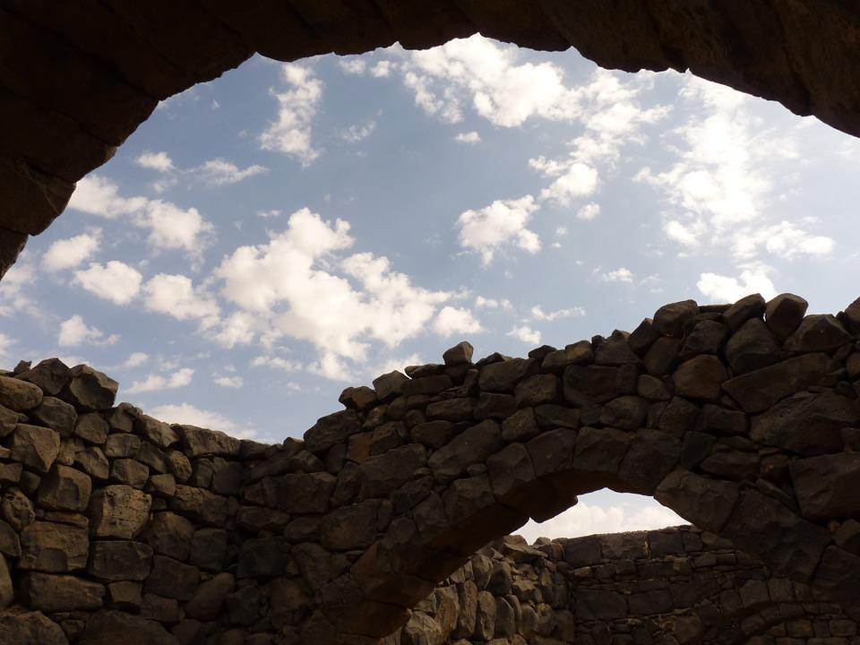Qsar al-Azraq is worth a visit